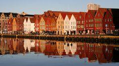 Reflected.  From trekearth.com Bryggen in Bergen.