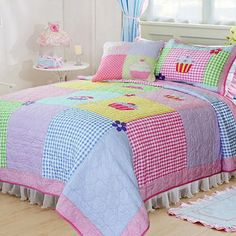 Bed Cover Design, Bed Design, Girls Quilts, Baby Quilts, Quilting Stitch Patterns, Designer Bed Sheets, Crazy Quilt Blocks, Farmers Wife Quilt, Quilted Bedspreads