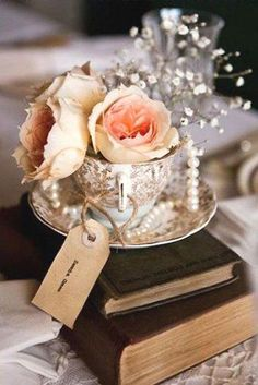 35 Chic Vintage Pearl Wedding Ideas Youll Love 2019 vintage china teacups and pearls wedding centerpiece / www.deerpearlflow The post 35 Chic Vintage Pearl Wedding Ideas Youll Love 2019 appeared first on Vintage ideas. Vintage Wedding Flowers, Vintage Wedding Photos, Vintage Wedding Theme, Cute Wedding Ideas, Wedding Book, Rustic Wedding, Vintage Weddings, Wedding Reception, Shabby Chic Wedding Decor
