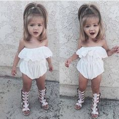Images and videos of kids outfits Little Girl Outfits, Little Girl Fashion, Toddler Fashion, Toddler Outfits, Kids Fashion, Outfits Niños, Kids Outfits, Cute Kids, Cute Babies