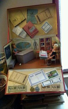 Ancien jouet poupée vintage : Ecole Cours élémentaire Transcar Paris