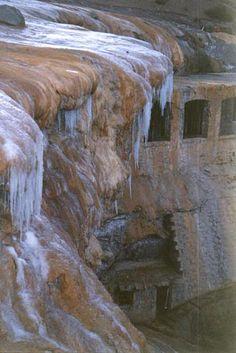 Puente del Inca ruins near Mendoza Argentina