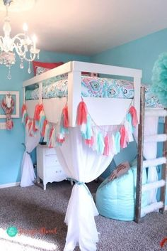 Teen Girl Bedrooms for sweet comfy room decor - Interesting and sweet bedroom decor ideas. Post ref 9148083800 Sectioned in diy teen girl bedrooms loft beds , shared on this date 20190206 Cute Bedroom Ideas, Cute Room Decor, Room Ideas Bedroom, Bedroom Loft, Awesome Bedrooms, Girls Bedroom With Loft Bed, Loft Bed With Curtains, Teen Loft Beds, Beds For Girls