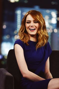 40 Beautiful Wave Hairstyles From Emma Stone You Can Try