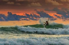 Surfer in Jaco, Costa rica - Jalil El Harrar Photography #crsurf #photooftheday #surfphotos #costarica