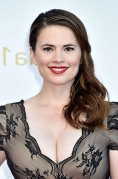 Hayley Atwell Style At The Event Of 2020 London Fashion Awards Bridgette Bardot Style, Hayley Attwell, Peggy Carter, Celebrity Red Carpet, Gemma Arterton, 3d Wallpaper, Red Carpet Dresses, Celebs, Celebrities