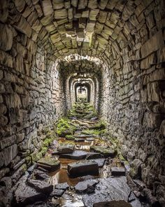 High on the moors to the north of Grassington in Yorkshire are an extensive area of ruins that once formed an important lead mining… Abandoned Buildings, Abandoned Mansions, Old Buildings, Abandoned Places, Derelict Places, Abandoned Castles, Beautiful Homes, Beautiful Places, House Beautiful