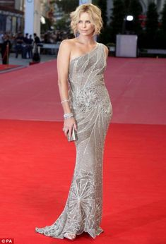 Charlize Theron  red carpet | Monster? What Monster? Charlize dazzles on the red carpet at Venice ...