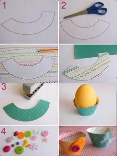 osterdeko bastelideen eierbecher kinder knöpfe verzieren