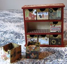 Rooster box with open drawers