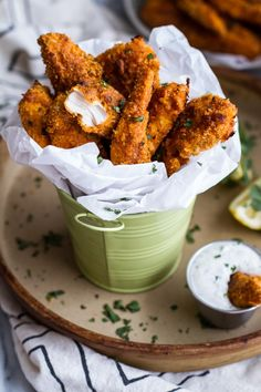 Black Pepper Rub Chicken Fingers with Greek Yogurt Ranch. The Rub makes all the difference, and these chicken fingers are a cut above. Great for an appetizer or even a light dinner! Pub Food, Cafe Food, Restaurant Food, Food Menu, Greek Yogurt Ranch, Food Porn, Chicken Fingers, Half Baked Harvest, Le Diner