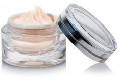homemade wrinkle cream goes viral Face Scrub Homemade, Homemade Skin Care, Anti Aging Cream, Anti Aging Skin Care, Prevent Wrinkles, Skin Cream, Eye Cream, Facial Cream, Organic Skin Care
