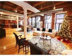 #Loft #Windows #Beams, #Boston