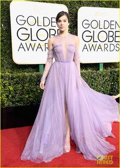 Hailee Steinfeld is Sheer Beauty on the Golden Globe Red Carpet