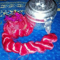 red thrum silk for spinning, art batts,and rolags. 10.5in long