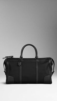 London Leather and Nylon Holdall   Burberry