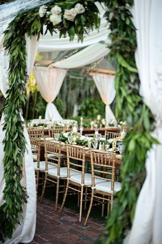 20 Drop-Dead Gorgeous Wedding Receptions - MODwedding