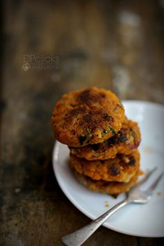 Easy egg patties or cutlets full of Indian flavors that can be served as snack or sandwiched in burgers.
