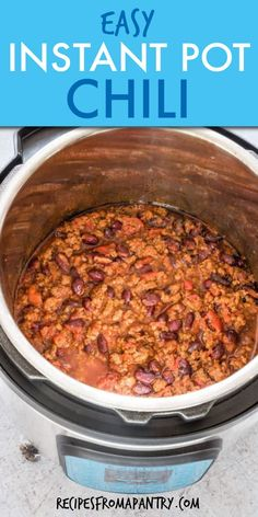 You will love this comforting, warming, and delicious Instant Pot Chilli with 2 secret ingredients! It's an easy spiced ground beef pressure recipe that's ready in just 25 mins. Click through for the awesome recipe ! Easy Potluck Recipes, Supper Recipes, Lunch Recipes, Appetizer Recipes, Soup Recipes, Chili Recipes, Recipies, Best Pressure Cooker, Instant Pot Pressure Cooker