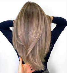 Blonde Hair With Highlights, Brown Blonde Hair, Light Brown Hair, Cool Brown Hair, Black Hair, Honey Blonde Hair, Color Highlights, Blonde Wig, Light Hair