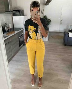 Discover recipes, home ideas, style inspiration and other ideas to try. Simple Outfits, Chic Outfits, Trendy Outfits, Summer Outfits, Fashion Outfits, Girly Outfits, Fashion Clothes, Looks Style, Casual Looks