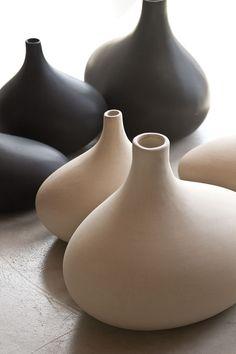 Beautiful Aorta Vases by 18KARAT