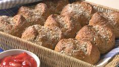 Foto: www.brodogkorn.no/ Alf Børjesson Norwegian Food, French Toast, Muffin, Baking, Breakfast, Recipes, Breads, Morning Coffee, Bread Rolls