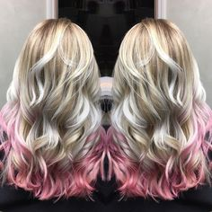 Confetti Blonde, deconstructed strawberry blonde with icy blonde and pink tips, like dessert for your hair Blonde Hair With Pink Tips, Red Hair Tips, Pink Hair Highlights, Pink Ombre Hair, Icy Blonde, Blonde Pink Balayage, Blonde Tips, Beauty Hacks Skincare, Beauty Tips