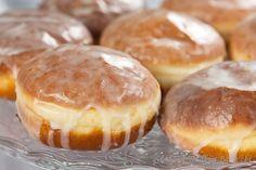 Pączki | Donuts Polish Recipes, Pumpkin Cheesecake, Doughnuts, Nutella, Muffins, Curry, Good Food, Food And Drink, Bread