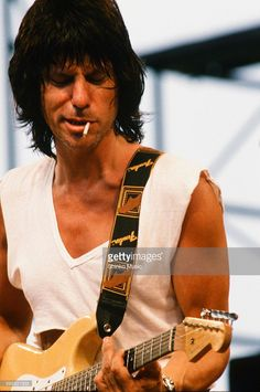 Jeff Beck Group live at Special outdoor stage in Karuizawa Prince Hotel, Nagano, July 1, 1986.