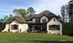 Best White Brick House Brown Grey Accents Chesapeake Pearl 1 640 x 480