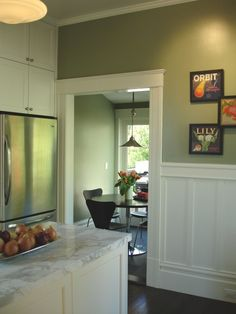 Want this wainscoting in my kitchen!