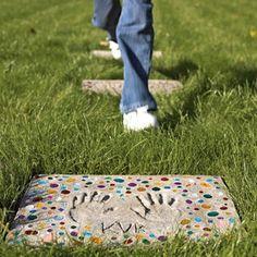 Stepping Stones für den Weg vom Tor zur Terrasse?