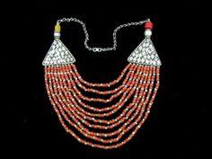 Yemeni 'labbah' necklace