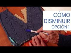Cómo disminuir en escote V Opción 1 💁‍♀ Tejer Fácil y Bien con Lucila - YouTube Knitting Stiches, Knitting Needles, Crochet For Beginners, Fingerless Gloves, Arm Warmers, Knit Crochet, Diy And Crafts, Men Sweater, Stitch