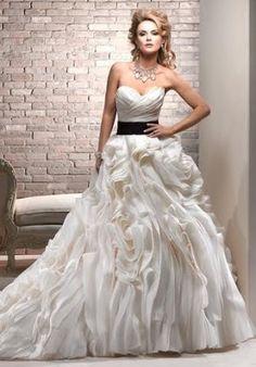 Maggie Sottero, para as noivas mais estilosas
