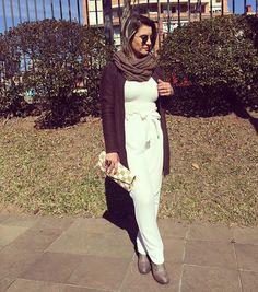 O look do dia foi com calça clochard @lunarosex   blusa @lupooficial   casaco tricot @lojasamericanas   gola @voudemarisa   clutch @manoa_acessorios   bota tratorada @bebece_calcados ✔️   Cris Azambuja   crisazambuja_ Instagram Photo Profile