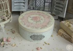 Decoupage Box, Hat Boxes, Vintage Shabby Chic, Decorative Boxes, Sweet Home, Photo Wall, Storage, Instagram Posts, Handmade
