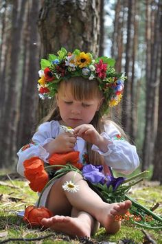 Ukrainian girl with a flower crown... Most likely will be my future child. #gardencrown