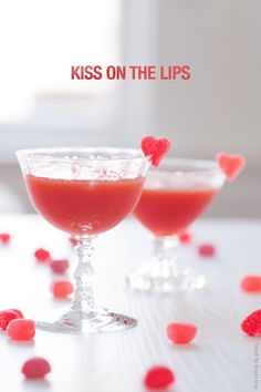 Valentine Cocktail | Kiss on the Lips
