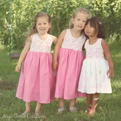 Girls Free Sundress Pattern | This sweet sundress is the perfect pattern for your granddaughter!