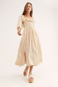 Free People Oasis Dress One of go-to, suits everyone dress style - the Shirred Dress according to Who What Wear Beige Dresses, Modest Dresses, Maxi Dresses, Beige Dress Outfit, Casual Dresses, Boho Dress, Dress Up, Dress Shoes, Shoes Heels