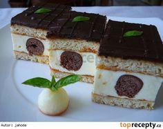 Custard Filled Cake (Medové okaté řezy)