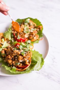 Thai Lettuce Wraps with Tofu and Peanut Chili Sauce - vegan, plant based, vegetarian, gluten free - heavenlynnhealthy.com