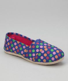 Little ladies will love to practice posh steps in this comfy canvas pair. Once they slip them on and run outside, they'll be the fashion queen of the playground and the future champion of hide-and-seek.