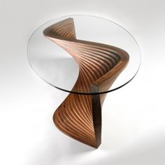 David Tragen creates bespoke and limited edition contemporary furniture combining original designs with meticulous craftsmanship.