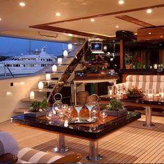 Gentleman Style - Boat