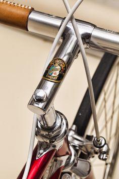 Cinelli SC Leggerissimo, the Rolls-Royce of two-wheelers - Italian Ways Cycling Art, Cycling Bikes, Classic Road Bike, Lamborghini Gallardo, Ferrari F40, Bike Components, Bike Details, Real Steel, Cool Bicycles