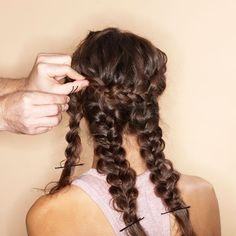 Haare beim dutt verstecken