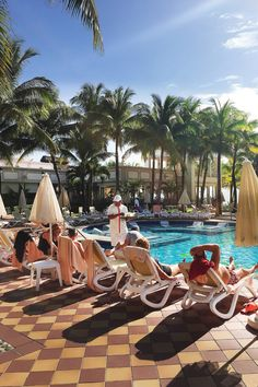 Riu Palace Riviera Maya - Pool - Travel blogger greeblehaus.com - All Inclusive Hotel